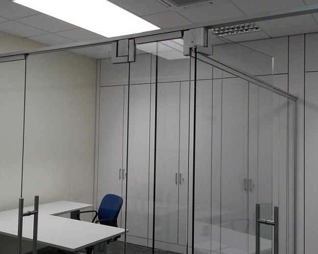 Crystal Partitions Photo 16