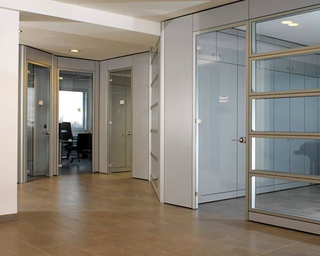 One Partitions Photo 43