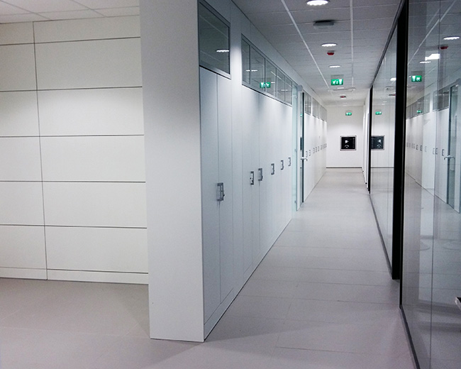 One Partitions Photo 80