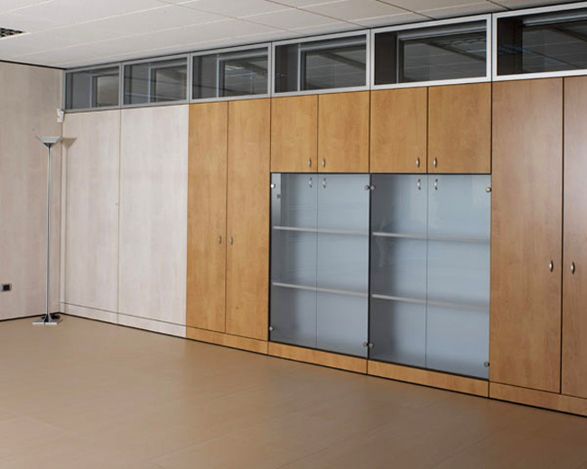 One Partitions Photo 82
