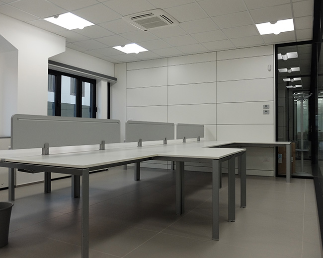 One Partitions Photo 96